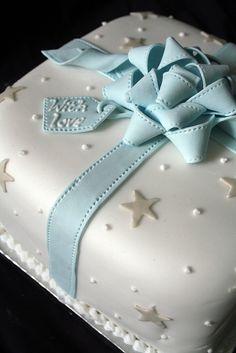 Fondant bow gift cake