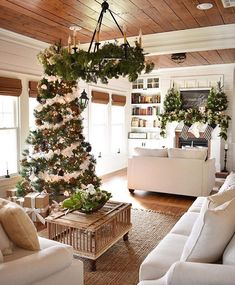 33 Farmhouse Modern Christmas Home Tour After Christmas, Christmas Door, Modern Christmas, Blue Christmas, Rustic Christmas, Christmas Wreaths, Christmas Greenery, Natural Christmas, Christmas Christmas
