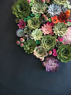 simply-divine-creation: Succulent vertical garden felt plants »Miasole on Etsy