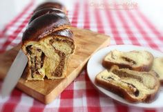 Romanian yeast bread (resembles somewhat the Italian Panettone