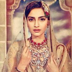 Exquisite necklace!