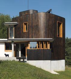 Fishing Lodge / Simon Gill Architects