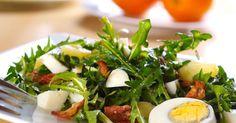 Recette :  Le pissenlit pousse au printemps. Il peut se consommer de différentes façons : blanchi à l'eau, poêlé ou en soupe... mais en Alsace c'est sous forme de salade qu'il est le plus souvent consommé. La cueillette du pissenlit : Entre mars