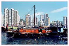 Sampan - Aberdeen, Hong Kong.