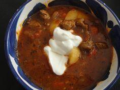 Echt lekkere Goulashsoep - I am Cooking with Love Heerlijke goulashsoep voor de koude avonden.