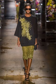 The Best Runways Looks From Paris Fashion Week Spring 2017