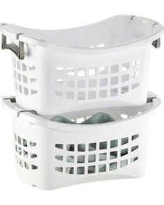 Stacking Laundry Baskets #SortIt