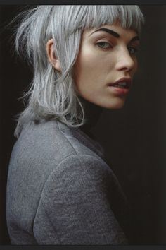Aline Weber in Aline For a Day shot by Marton Perlaki for The Room Silver hair color Hairstyles With Bangs, Cool Hairstyles, Fringe Hairstyles, Formal Hairstyles, Hair Inspo, Hair Inspiration, Character Inspiration, Hair Colorful, Corte Y Color