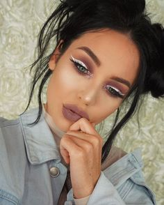 Make an eye statement with our White Liquid Liner, as seen on @stephanieabsher  She's also rocking our Lip Lingerie in 'Embellishment'  P.S. We're Snapping! Add us!  Name: nyxcosmetics || #nyxcosmetics #nyxprofessionalmakeup