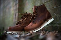"""Yes, please. The Moc toe has really grown on me of the past couple of years. Time to find out if they make my honking long feet look longer, or not.   Red Wing 1907 6"""" Moc Toe (Copper)"""