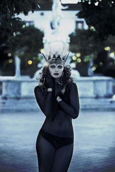 Photographer: SS Photography Stylist/Assistant: Sujey Nunez Hair: Mayra Santillan Makeup: Lupe Moreno Model: Eva Catherine