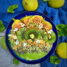 Green hemp seed smoothie bowl love! I love mint in my smoothies and when you at new to green smoothies it is a great way to mask the earthy green tones! I think the best way to start out with a green smoothie is to add more fruit to start with and then slowly cut it back. ---------------------------------- 1/2 cup frozen mango 1/2 cup frozen banana 1/2 Apple 1 cup almond milk 1 heaping tbsp hemp seeds 2 romaine leaves  1/4 tsp spirulina 6 large mint leaves. Top with whatever your heart…