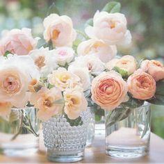 Simple flower bouquets