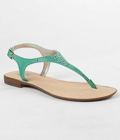 R2 Delancey Sandal from Buckle <3