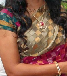 Jewellery Designs: Very Sleek and Chic Diamond Locket