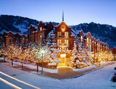 Oh how I miss Aspen, CO!  Can't wait to stay here again later this year (minus the snow) with the fam :-)