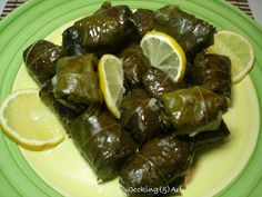 Cooking & Art by Marion: Ντολμαδάκια / Stuffed vine leaves ''Dolmadakia'' Vine Leaves, Greek Recipes, Cooking, Ethnic Recipes, Food, Yummy Yummy, Rice, Art, Kitchens