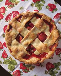 Strawberry, Balsamic and Basil Pie (May 2014)
