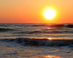 GOOD MORNING!  -  Sunrise over the Atlantic Ocean by _Tim Curtis_, via Flickr