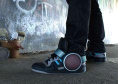 Strap-On Shoe Soundsystems : Sneaker Speaker