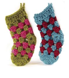 Adorable mini stockings from @Vickie Howell :) #crochet up a few, too!