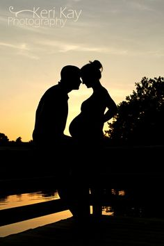 What a great couple shot for maternity - have to remember this for one day!