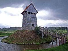 Turmhügelburg Lütjenburg- Turm aus Holz - Motte-and-Bailey by impressiones (on break), via Flickr