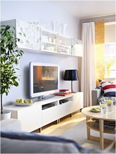 Decoration: 15 TV furniture compositions with the Besta series by Ikea - Home Page Ikea Living Room, Living Area, Tv Furniture, Hemnes, Style At Home, Home And Living, New Homes, House Design, Interior Design