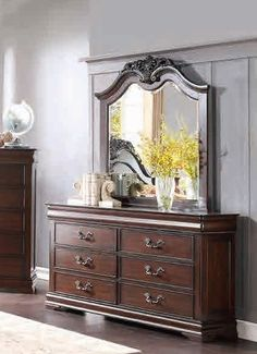 Shop Home Elegance Mont Belvieu Cherry Dresser and Mirror with great price, The Classy Home Furniture has the best selection of Dressers and Mirrors to choose from Kitchen Furniture, Bedroom Furniture, Home Furniture, Vanity Table Vintage, Cherry Dresser, Glass Dresser, Traditional House, Traditional Bedroom, Headboard And Footboard
