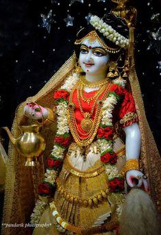Krishna Art, Hare Krishna, Lord Krishna Images, Hindu Deities, Captain Hat, Statues, Hats, Portraits, God