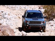 2015 Jeep Renegade Video Review by Kelley Blue Book's Zach Vlasuk