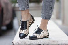 Goldenes Leder Schuhe, Gold Oxford Schuhe, goldene Schuhe, enge Schuhe, flache Schuhe, Sommerschuhe, kostenloser Versand von BangiShop auf Etsy https://www.etsy.com/de/listing/201512930/goldenes-leder-schuhe-gold-oxford-schuhe