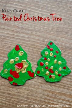 Easy toddler Christmas crafts that kids of all ages can make.
