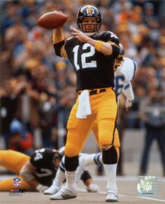 f585882f6b Terry Bradshaw Passing Pittsburgh Steelers Football