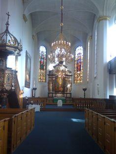 Byens kirker er ikke kun for frelste troende, men lige så vel et rum for ro, æstetisk velvære og historisk indblik.