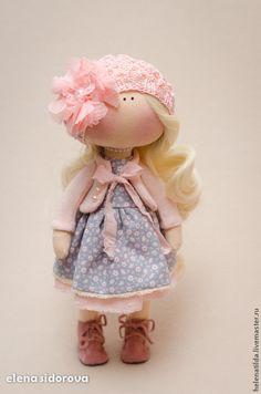 Madlen - бледно-розовый,кремовый,персиковый,серый,девочка,куколка,кукла