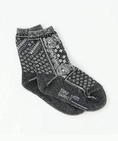 「靴下屋 バンダナ柄」の画像検索結果