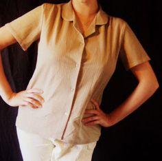 Vintage Original 1950s short sleeved blouse, €14,99