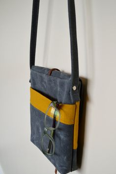 Waxed Canvas Purse / Wool Bag by buttonsandtweed