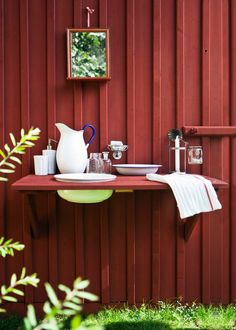 Scandinavian Cottage, Swedish Cottage, Red Cottage, Swedish House, Outdoor Sinks, Outdoor Rooms, Cottages By The Sea, Beach Cottages, Cottage Exterior Colors