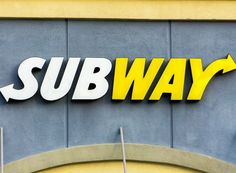 8 Diet Expert-Approved Orders at Subway Subway Options, Subway Menu, Subway Logo, Fast Food Facts, Subway Gift Card, Subway Nutrition, Kale Crisps, Cooking For Dummies, American Fast Food