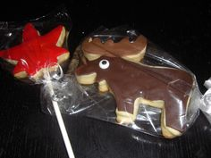 Maple Leaf and Moose Cookies