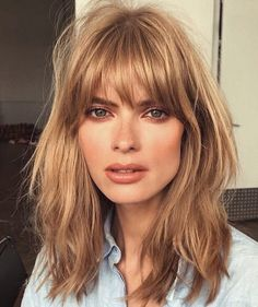 Fall 2017 Hair Styles Cut Trends - Shag Medium Length