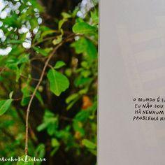 """Bom dia, amores! ▫ Frase retirada do livro """"Outra pagina de cada vez"""", de Adam. J. Kurtz, lançado pela @editoraparalela, Grupo@companhiadasletras ▫ Para quem não conhece, """"Outra pagina de cada vez"""", é um livro onde poderá por em prática sua criatividade com humor a cada página realizará uma atividade que melhorar seu dia a dia de maneira lúdica. ▫ Adam J. Kurtz é designer gráfico, e poderá acompanhá-lo em adamjkurtz.com, e @Adamjk."""
