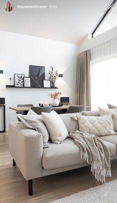 Living Room Decor Cozy, Living Room Interior, Home Living Room, Home Room Design, Living Room Designs, Living Room Inspiration, Home Decor Inspiration, Apartment Interior, New Room