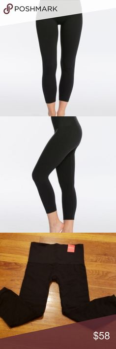 97224a8d9 NWT Spanx Look At Me Now Cropped Leggings BLACK 1X These are spanx look at  me
