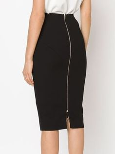 Victoria Beckham Pencil Skirt - The Webster - Mode Outfits, Skirt Outfits, Dress Skirt, Casual Outfits, Victoria Beckham, Office Fashion, Work Fashion, Fashion News, Jupe Short