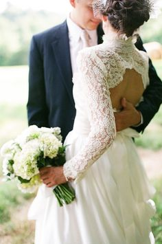 {this lace back .... swoon!}