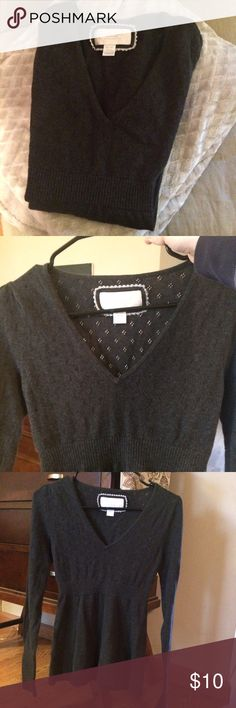 American Eagle Charcoal Gray Sweater American Eagle Charcoal Gray Sweater with eyelet design.  Beautiful Sweater! Size Medium American Eagle Outfitters Sweaters V-Necks