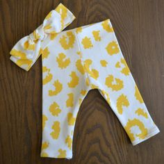 Organic Cotton Yellow Legging and Top Knot Headband Set